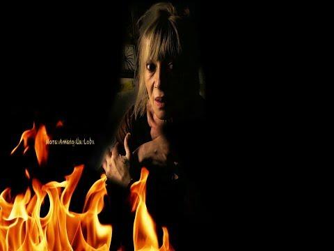 That sun that burns - Mora Amaro La Loba