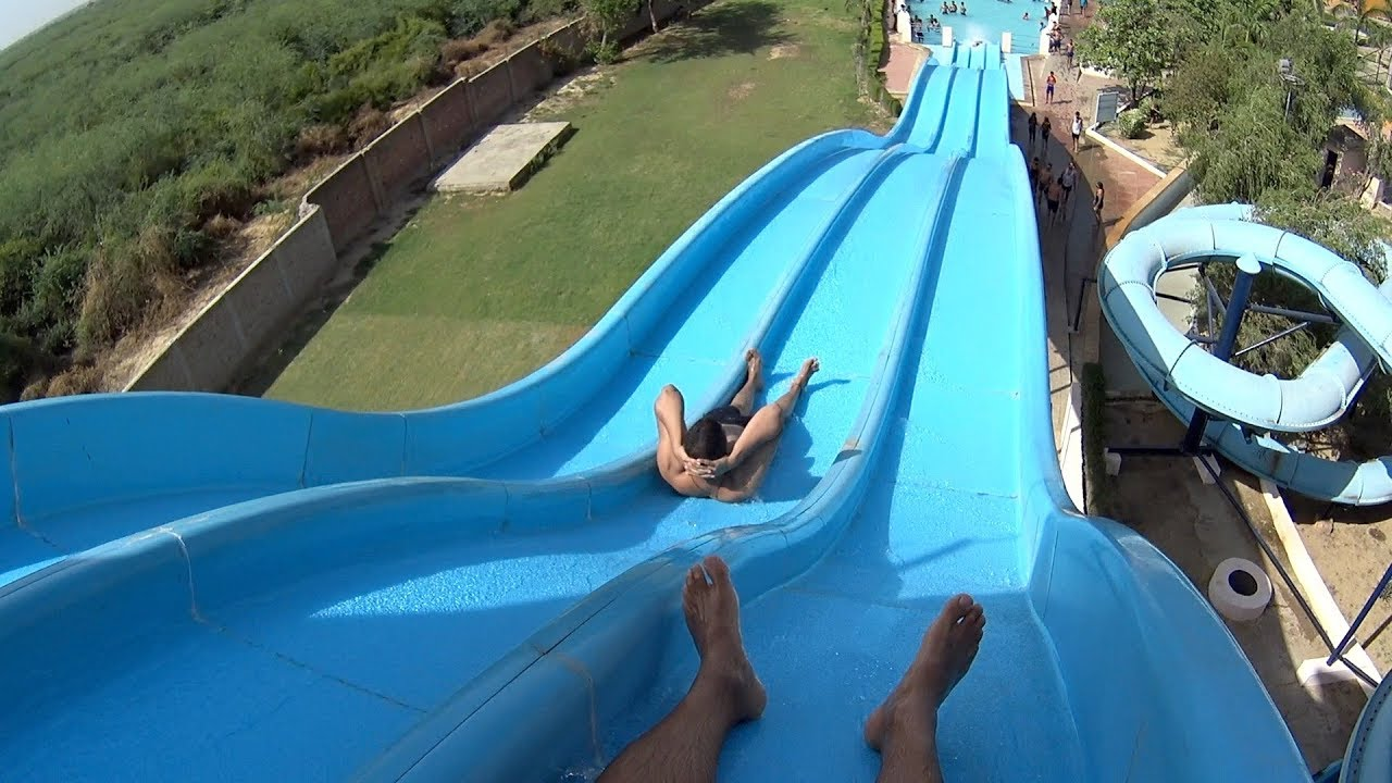 Multilane Racer Water Slide at Dolphin Water World
