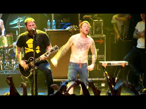 [HD] Four Year Strong Live - Heroes Get Remembered, Legends Never Die - 2.12.10