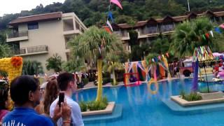 Появление невесты.Индийская свадьба в Тайланде