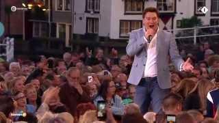 Tino Martin - Jij liet mij vallen - Sterren Muziekfeest op het Plein