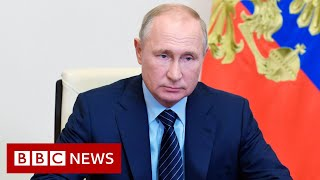 Coronavirus: Putin says vaccine has been approved for use - BBC News