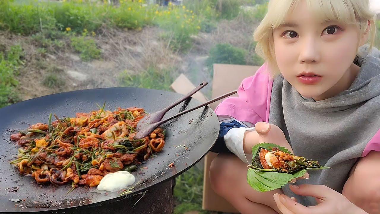 SUB)솥뚜껑 주꾸미 삼겹살 먹방 MUKBANG