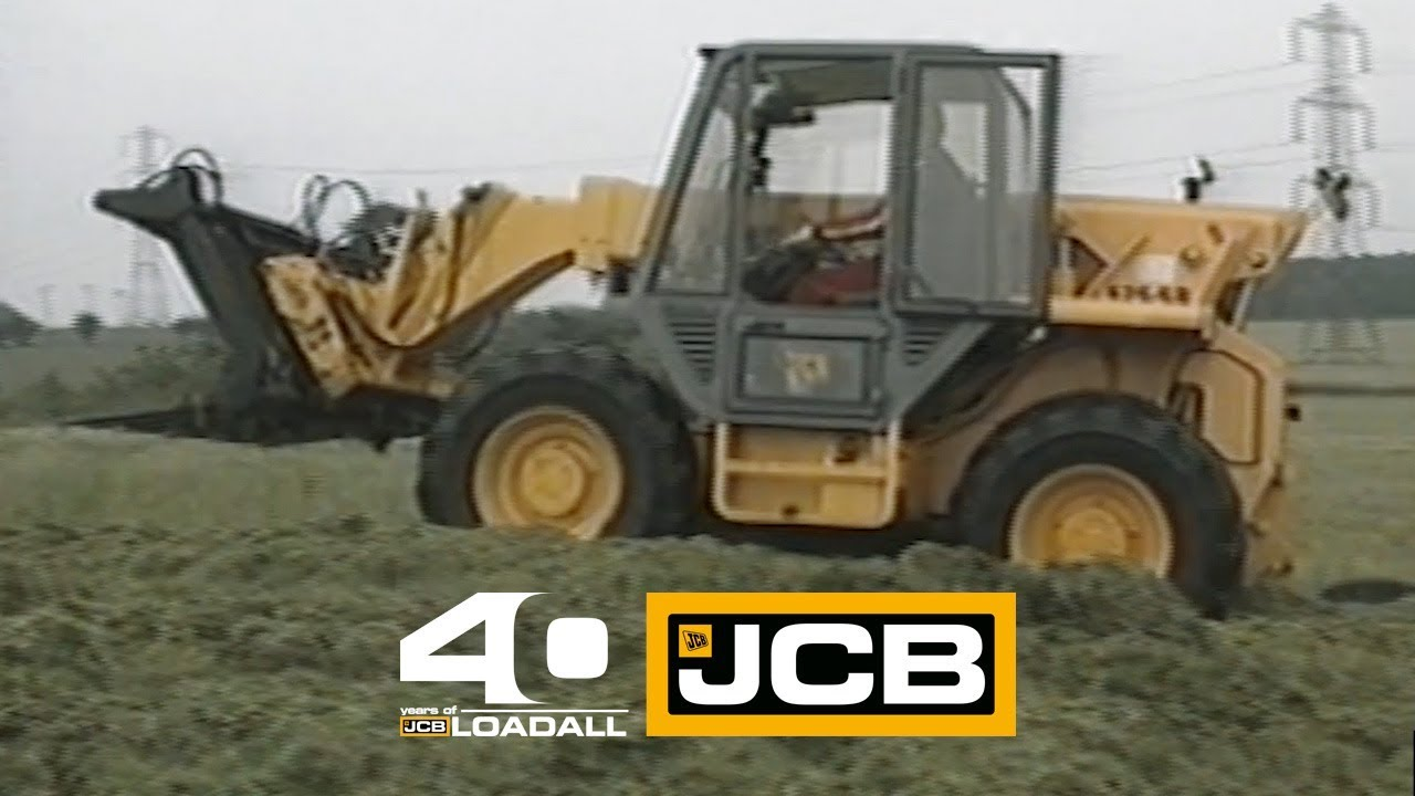 JCB 525 on Silage - Celebrating 40 Years of Loadall