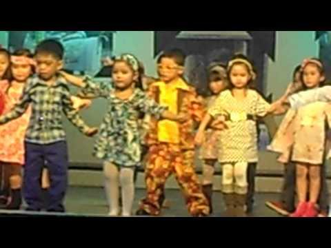 Aina-Dancing