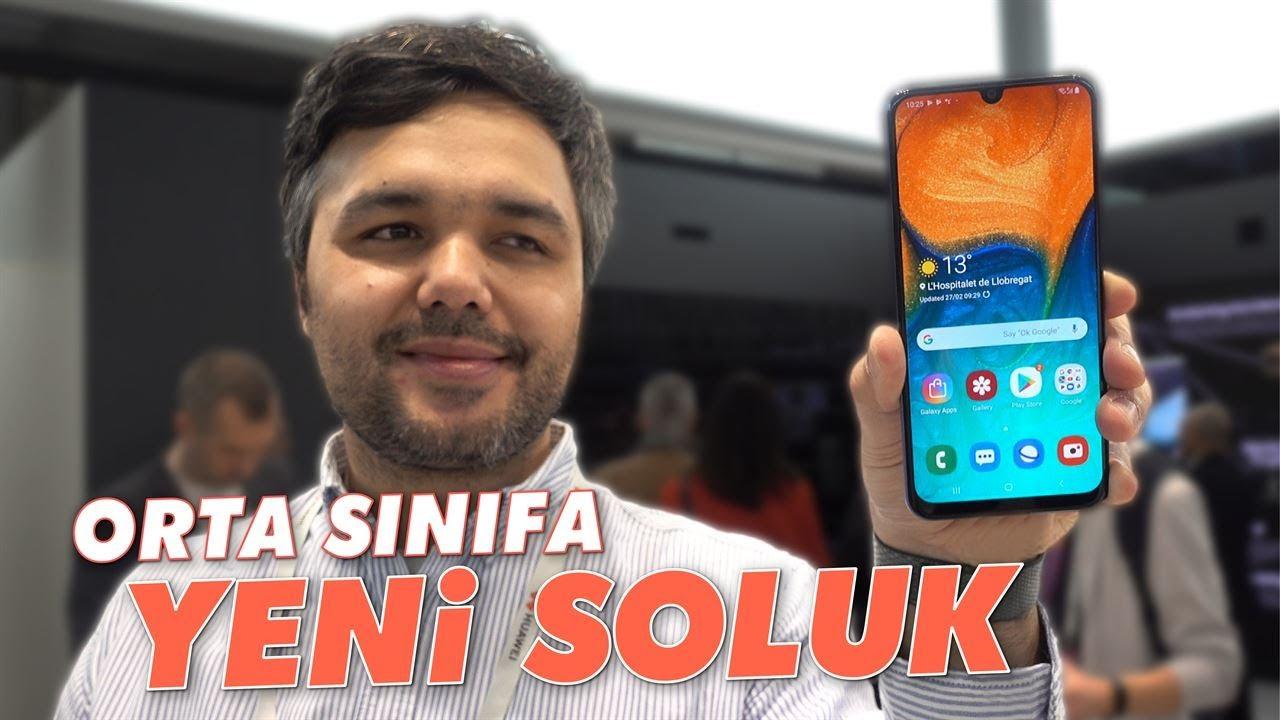Perang HP 2 jutaan terbaik! Realme 5 vs Samsung Galaxy A30!