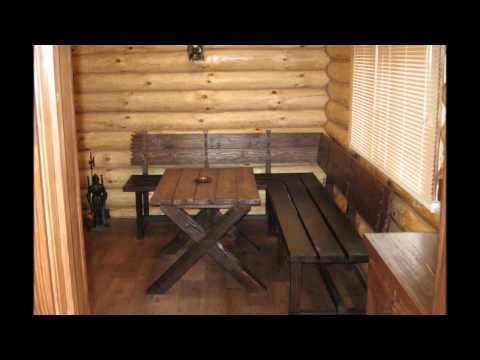 Стилизованная под старину мебель из сосны