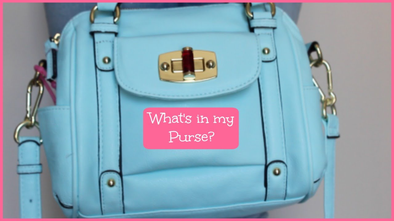 df31f6877e1b WHAT IS IN MY PURSE