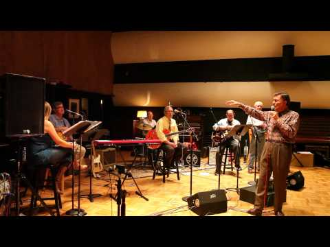Ray Walker of The Jordanaires Shares an Elvis Story from RCA Studio A