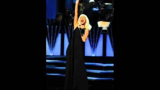 Christina Aguilera - Beautiful Live at CNN Heroes (Instrumental)