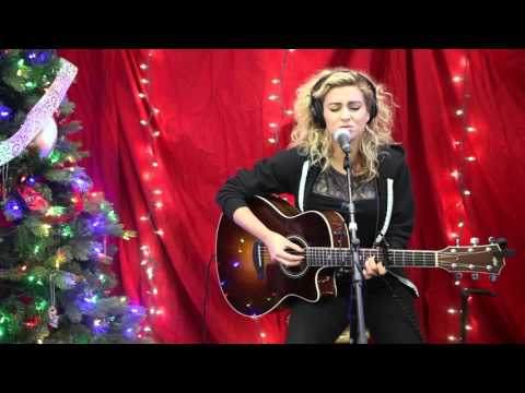 "Tori Kelly - ""Hollow"" Acoustic 