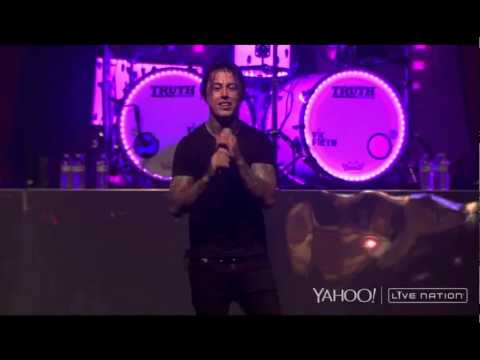 Falling in Reverse  Bad Girls Club Live at House of Blues 2015