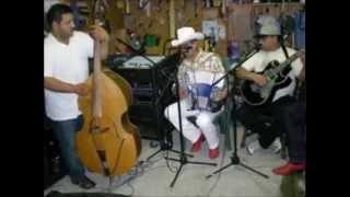 Los Canelos De Durango - 18 Segundos & El Negro (en vivo) TOLOLOCHE
