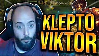 KLEPTO VIKTOR VS AATROX! I