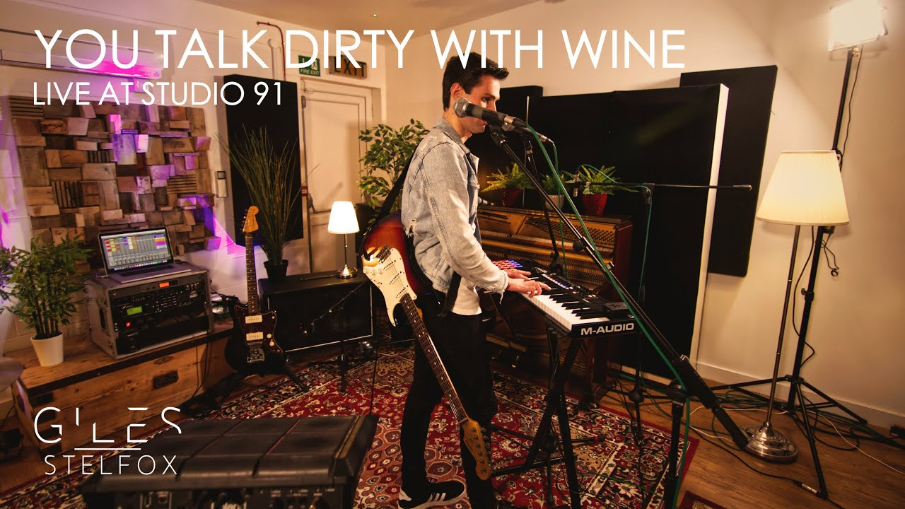 Giles Stelfox - You Talk Dirty With Wine | Live Looping Performance (at Studio 91)