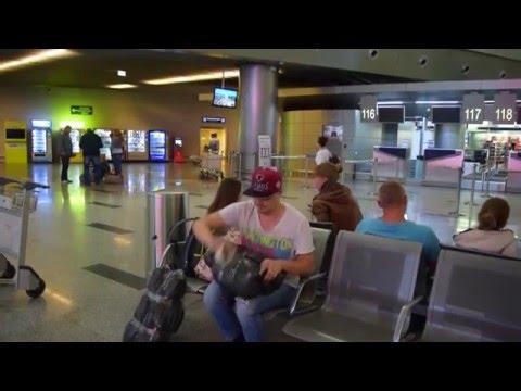 Как безопасно сдать багаж в самолёт и сэкономить.