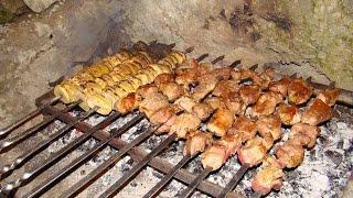 Охотничья кухня.(Готовим вместе с друзьями после дня проведенного в горах на охоте., 2014-12-26T18:12:10.000Z)