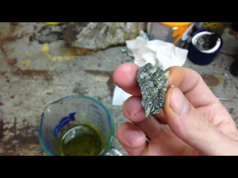 CLEANING PYRITE FOR DISPLAY - Moon Shiner