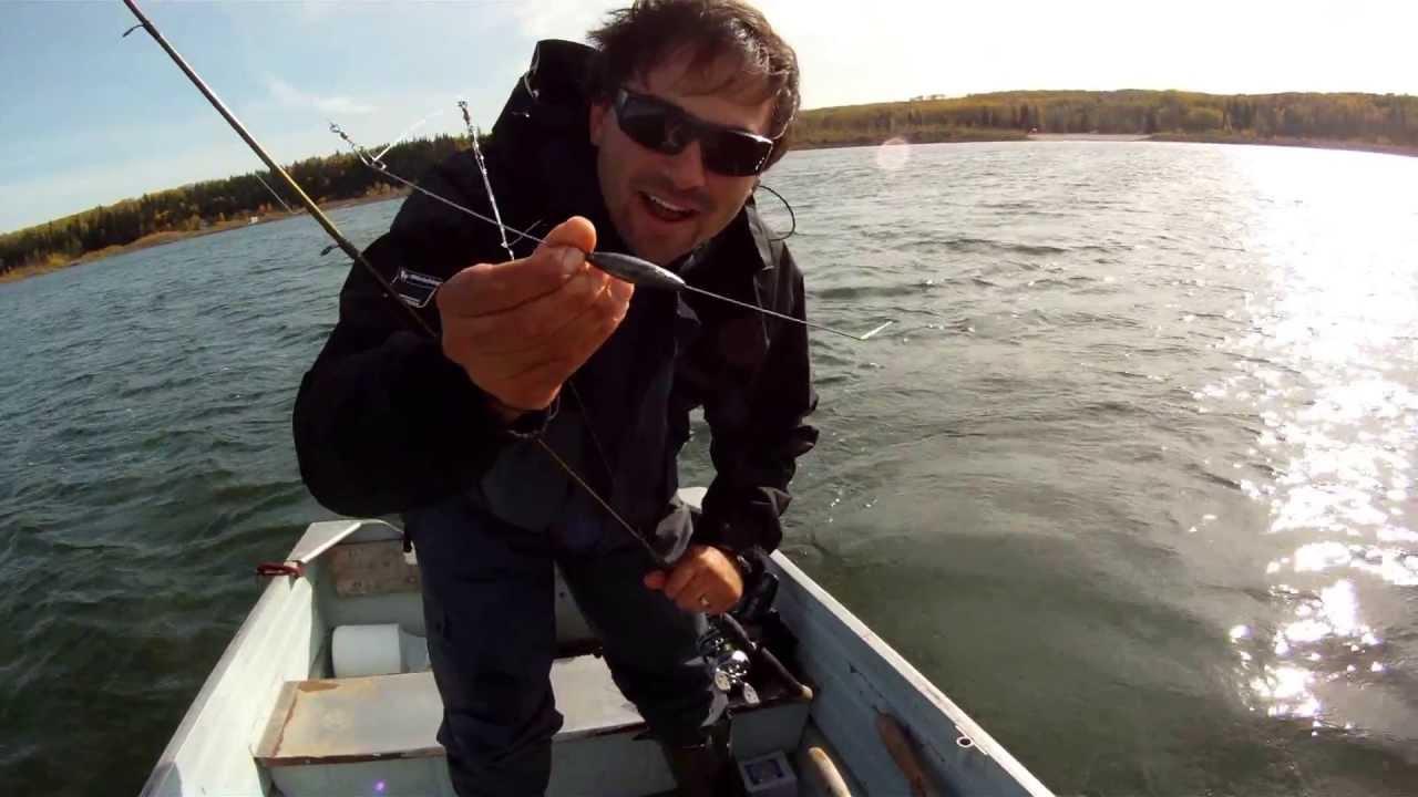 How to bottom bouncer fall walleye youtube for Bottom bouncer fishing