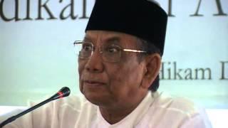 """KH Hasyim Muzadi """"Membangun Kesadaran Dan Strategi Dalam Menghadapi Gerakan Radikalisasi"""" Part 2"""