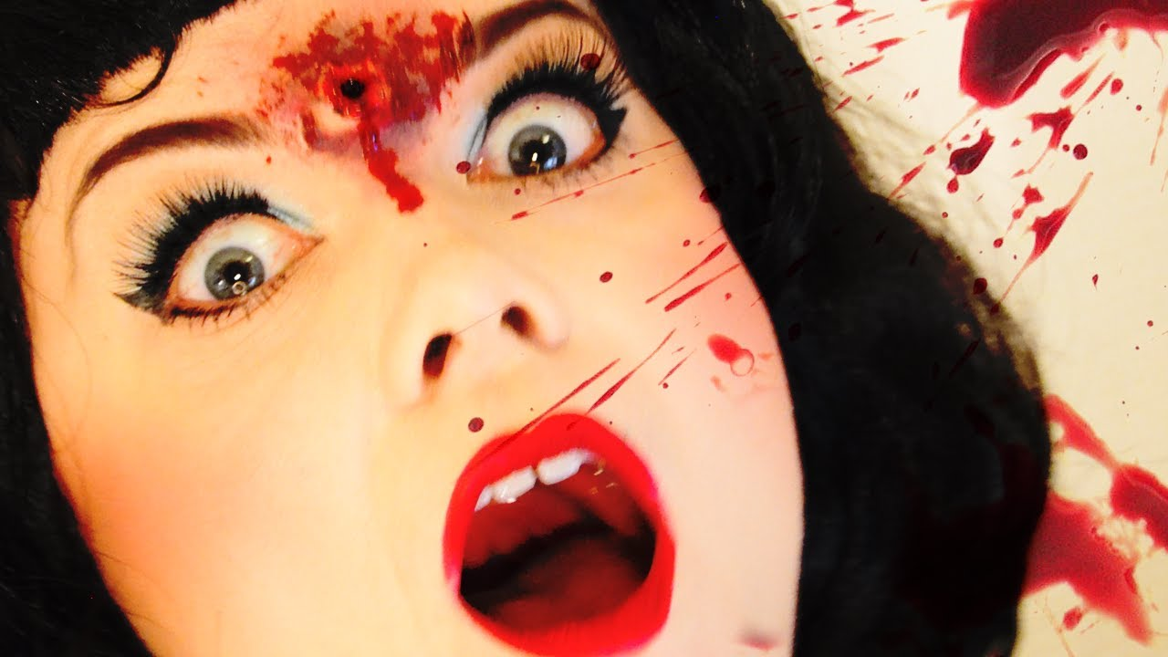 Halloween makeup - Snow White got shot in the head - YouTube