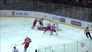 Колесник выбросился на встречу Волкову / Kolesnik jumps to save it on Volkov