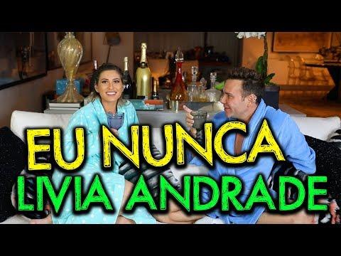 Lívia Andrade bate o carro de propósito para justificar atraso no programa de Silvio Santos