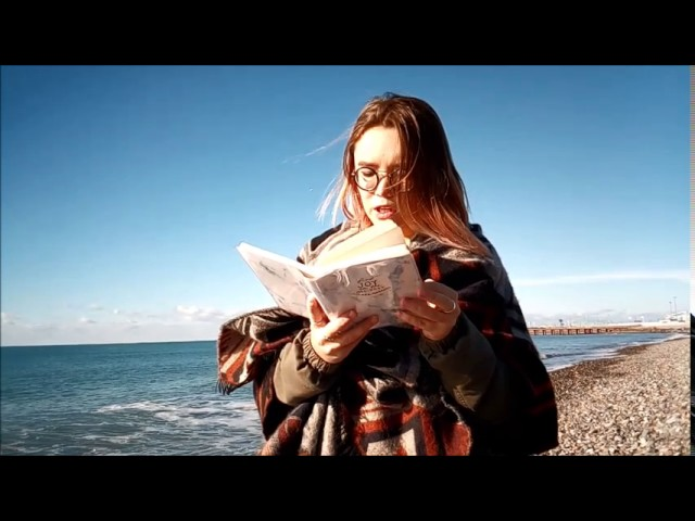 Изображение предпросмотра прочтения – АлександраСоколова читает произведение «К*(Янеунижусь пред тобою…)» М.Ю.Лермонтова