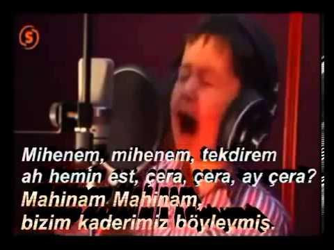 4 Yaşındaki Afgan Çocuğun Büyüleyen Sesi - Türkçe Altyazı - Deniz_K
