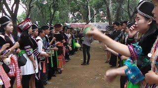 New Year Hmong Luang Prabang 'Kin Chiang 2016 Hmong Luang Prabang part-1