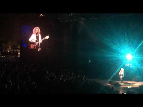 Confetti (Tori Kelly Live @ Greek Theater)