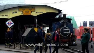 Repeat youtube video Old steam engine railway station at Ghum in Darjeeling
