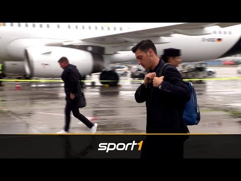 DFB-Abflug zur WM – keine Euphorie bei Özil & Co. | SPORT1