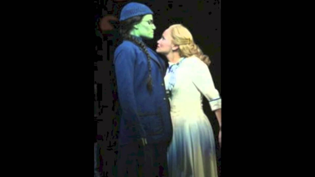 how to sing popular from wicked