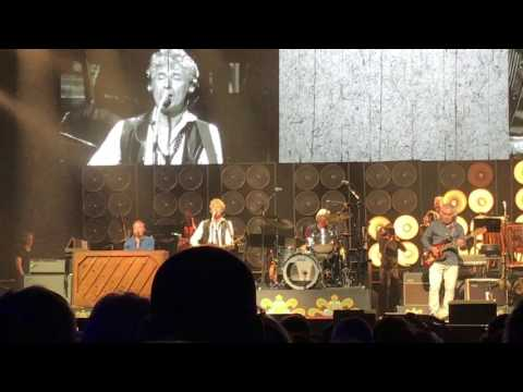 The Analogues play Sgt. Pepper to Geoff Emerick in Amsterdam