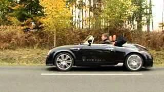 видео Фотографии автомобилей PGO