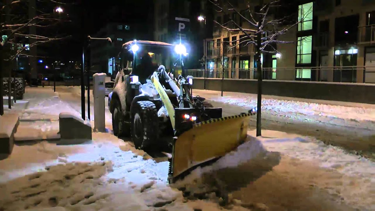 Kramer Allrad 480 Plowing Snow Youtube