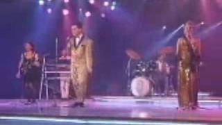 Holly Johnson - love train- Rare performance on Spanish tv 1989