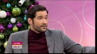 Tom Ellis talks about Miranda (Lorraine, 8.12.10)
