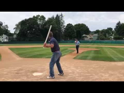 Chipper Jones' father pitches to Hall of Fame son, Jim Thome at Doubleday Field