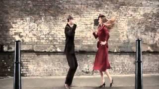 100 años de moda en 100 segundos - (100 years of fashion in 100 seconds).