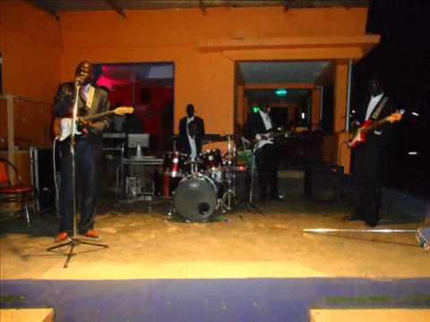 Abyei Jazz Band - Arop Nyok Kuol - Samira