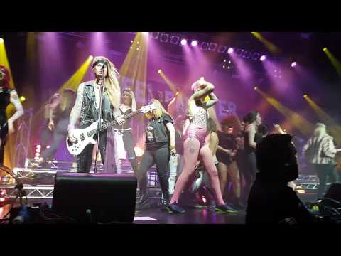Steel Panther  Living on a Prayer & Pour Some Sugar on Me The Forum  Melbourne, Australia 2018