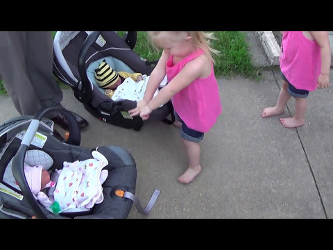 Welcome home! - The Twins meet the Triplets