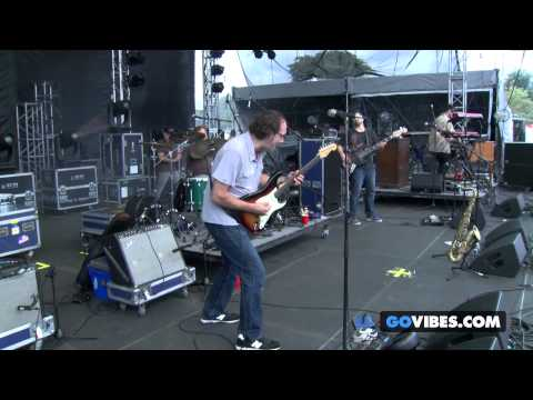 """Kung Fu performs """"Do The Right Thing"""" at Gathering of the Vibes Music Festival 2014"""