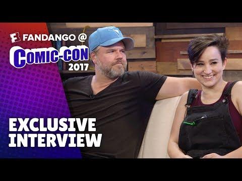 'Voltron: Legendary Defender' Voice Actors Try Celebrity Impressions  ComicCon 2017