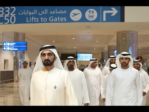 محمد بن راشد يزور مطار دبي الدولي ويطمئن على راحة وسلامة مستخدميه