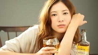 日本の有名女優の吉高由里子さんです。 Yoshitaka Yuriko's is famous a...