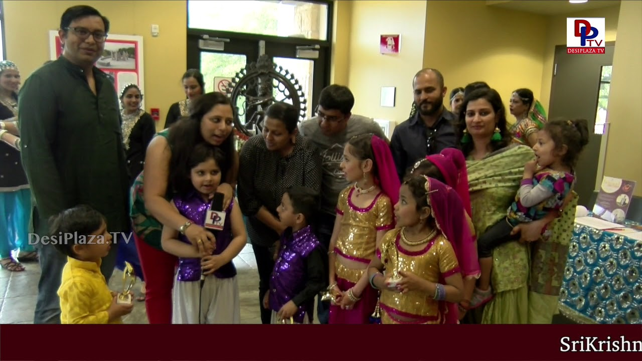 Parents and kids happy to participate in Navrus 'Beyond Bollywood : Explore India through Dancing'