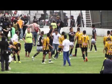 Tremenda batalla campal se desató en un partido de la Copa Argentina